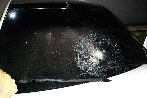 Veículo de Leandro Barchz foi depredado no estádio Nazarenão