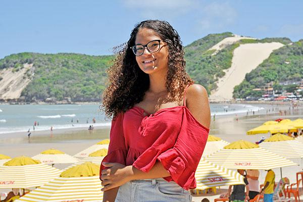 Lorena Veríssimo vê no concurso uma chance de estabilidade