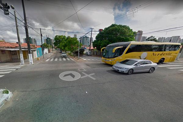 Av. Jerônimo Câmara com rua dos Potiguares