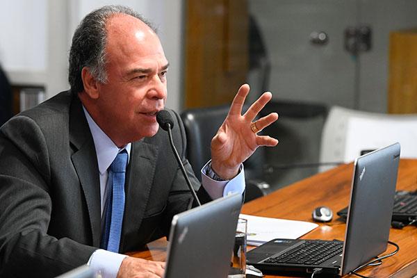 Fernando Bezerra defende que recursos dos fundos sejam liberados