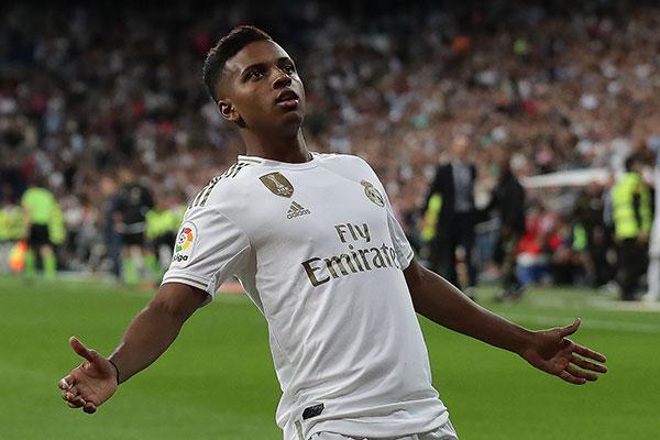 O atacante Rodrygo, ex-Santos já vestiu por várias vezes a camisa de titular do Real Madrid