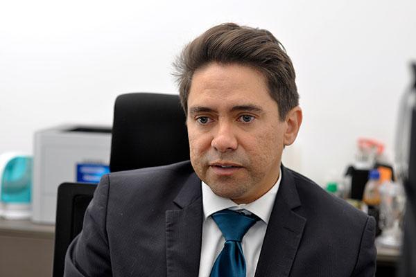 Fernando Rocha afirma que há indícios de que grupo criminoso tinha experiência no tipo de operação