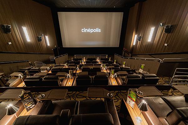 Sala vip possui 148 lugares numerados e seis vagas para cadeirantes