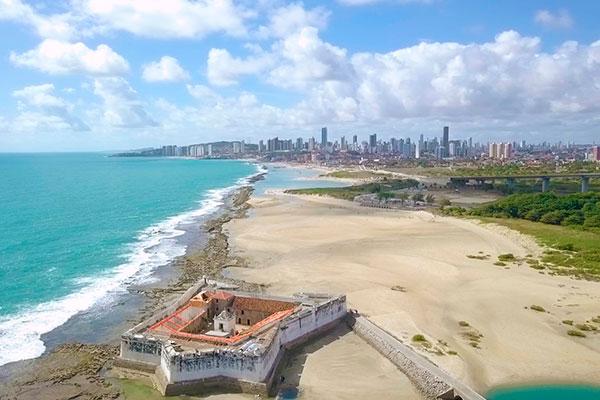 Um passeio em Natal tem que incluir uma ida à Fortaleza dos Reis Magos, marco zero da cidade