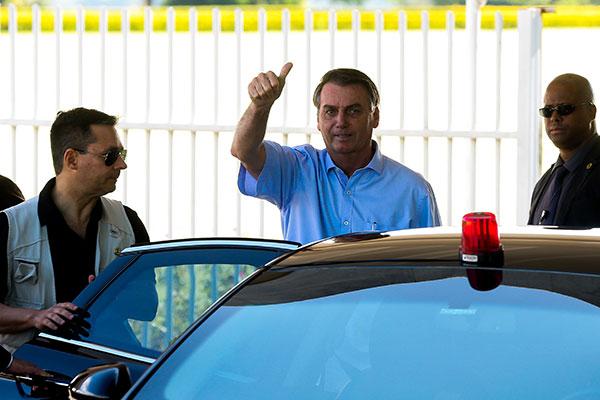 Bolsonaro apontou que o fundo eleitoral foi decisão do Congresso