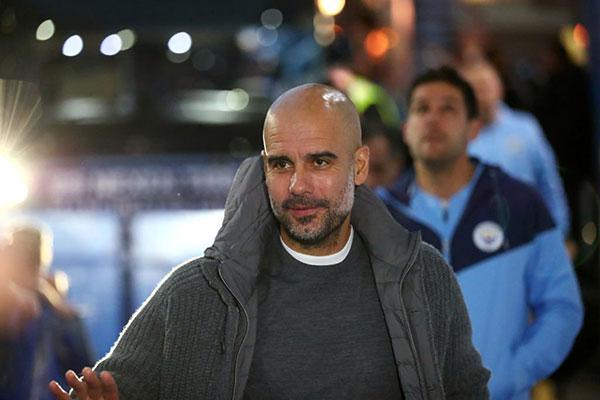 Segundo o CEO do City, o técnico Pep Guardiola foi avisado sobre a situação enfrentada no clube