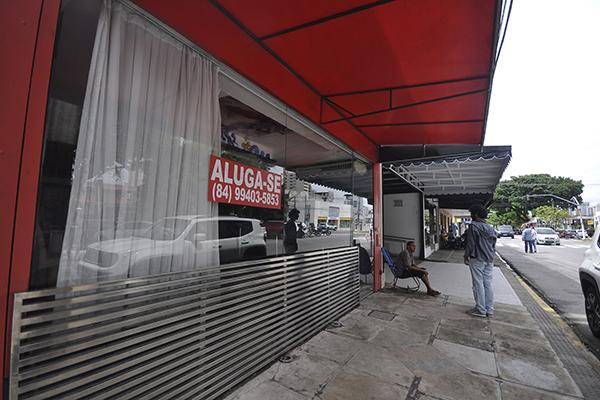 Corretores de imóveis afirmam que há, atualmente, uma maior procura por locação de prédios na avenida Afonso Pena
