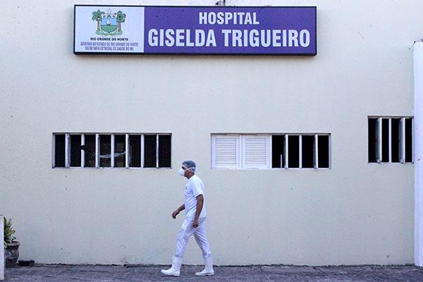 Hospital Giselda Trigueiro é referência para atendimento de pessoas com suspeitas da doença e para casos de internação