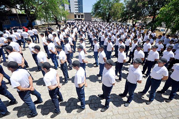 Aulas do curso de formação de soldados começaram em janeiro
