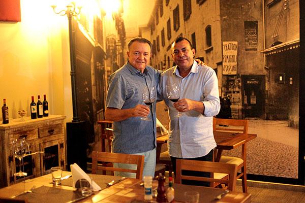 Desde dezembro o restaurante está sob os cuidados dos irmãos Amaro Costa e José Maria Xavier