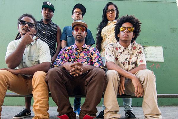 Grupo baiano Afrocidade mistura letras politizadas aos ritmos do arrocha, afrobeat e ragga
