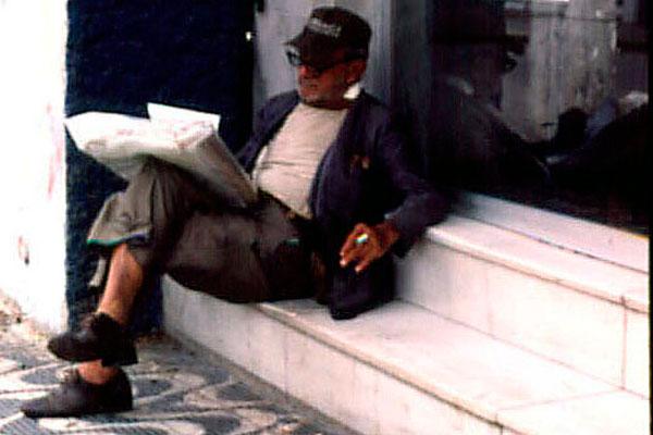 Siqueira trocava sonetos por dinheiro, mas diferente de Blackout, era de família abastada. Cerca de 200 poemas de sua autoria foram achados em um lixo, nos fundos do Mercado de Petrópolis