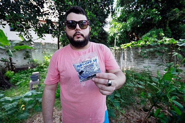 Allan Araújo questiona risco para animais domésticos já que iscas foram encontradas em terrenos