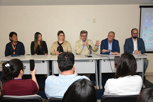 Representantes da Saúde estadual e municipal informaram sobre o primeiro caso positivo e as novas medidas de contigência