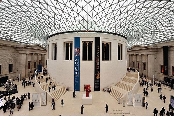 Oito milhões de obras e artefatos estão expostos no The British Museum, na cidade de Londres