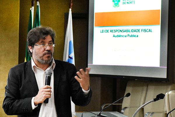 Aldemir Freire (Planejamento) comentou os dados constantes no relatório do 1º Quadrimestre de 2021