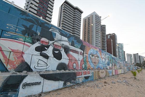 O mural de graffiti da praia de Miami além de deixar o lugar mais belo também contribuiu para o processo de revitalização da área, que agora recebe mais banhistas e turistas