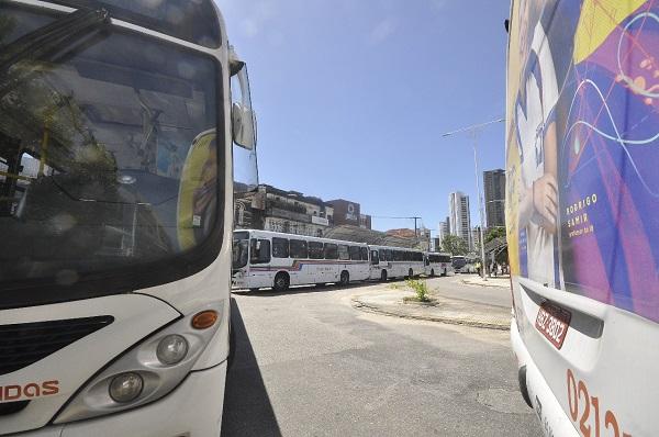 Paralisação foi prorrogada em 48h enquanto os trabalhadores aguardam interlocução do prefeito junto ao sindicato patronal