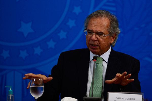 """Guedes também anunciou que a equipe econômica está desenhando """"medidas de saída da crise"""""""
