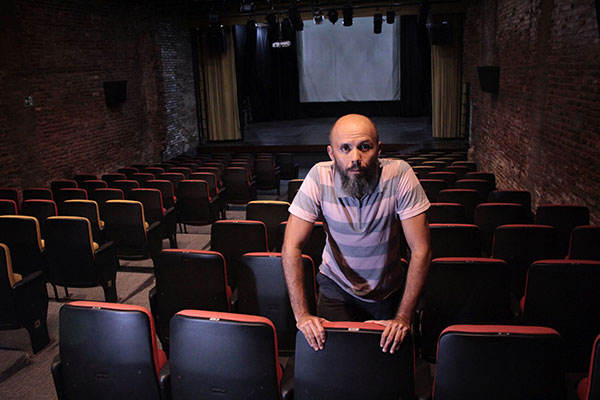 Henrique Fontes vai encarar seu mais novo papel: o de professor