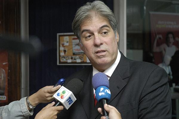 Médico Adelmaro Cavalcanti, ex-secretário de Estado da Saúde, morreu por complicações causadas pela covid-19 nesta quinta-feira, 18, num hospital em Natal