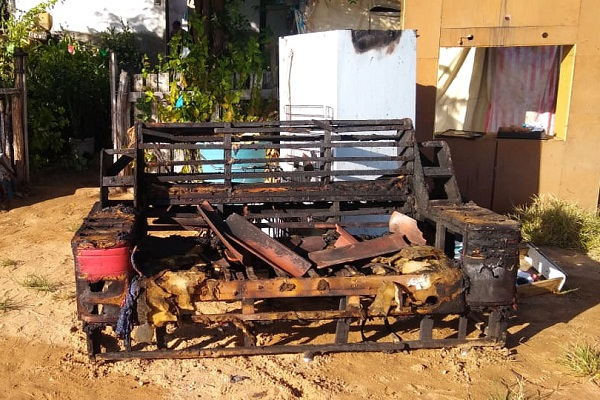 Móveis e outros bens do casal foram destruídos