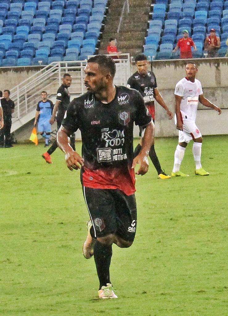 Antônio Júnior disputou a atual edição do campeonato pelo Santa Cruz