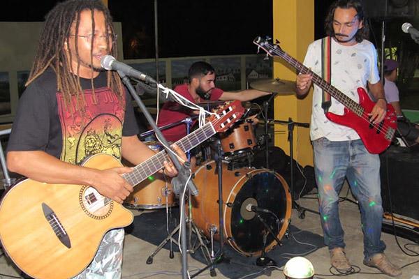 A banda do produtor cultural Carlos Henrique, Garvey Música Reggae também participa do Festival Rio Grande do Reggae on-line