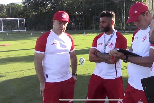 Roberto Fernandes traça plano de trabalho para inter temporada