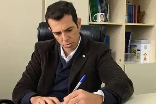 Renato Feder é formado em Administração de Empresas pela Fundação Getúlio Vargas e mestre em Economia pela USP