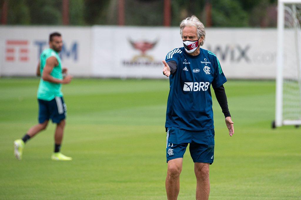 O técnico Jorge Jesus trabalhou o elenco para evitar o clima de já ganhou diante do Volta Redonda pelas semifinais da Taça Rio
