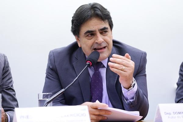 Domingos Sávio critica o monopólio estatal e afirma que é preciso uma abertura no setor