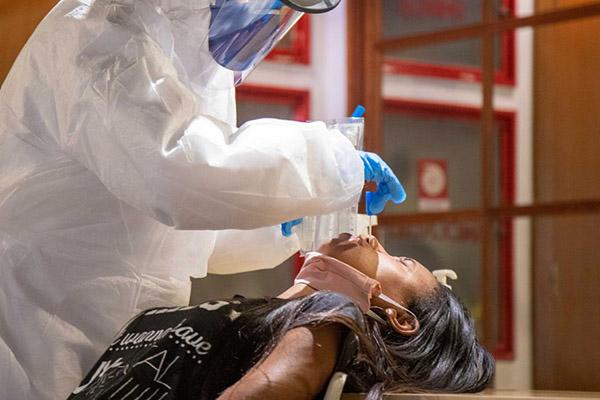 A Síndrome Respiratória Aguda Grave é um estágio para o qual doenças respiratórias podem evoluir, como ocorre com a covid-19