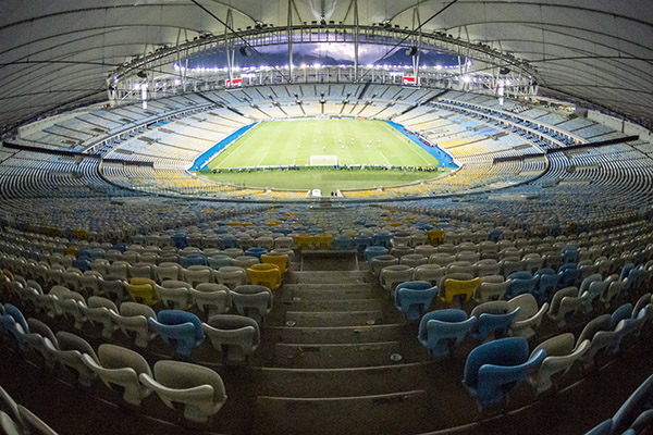 O estádio Maracanã poderia receber um público de até 15,6 mil pessoas para a Libertadores