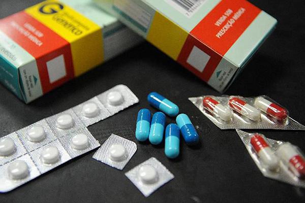 Entre os medicamentos que tiveram imposto de importação zerado, está a Ivermectina