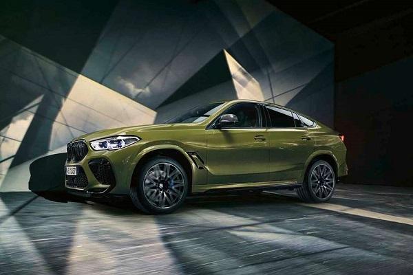 O novo BMW X6 é produzido em Spartanburg, nos Estados Unidos. Em breve, chega ao Brasil para ser referência no segmento que atua e lograr sucesso.