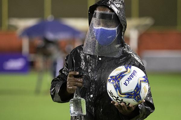 As medidas de segurança sanitária já estão sendo testadas pela CBF, no Campeonato do Nordeste