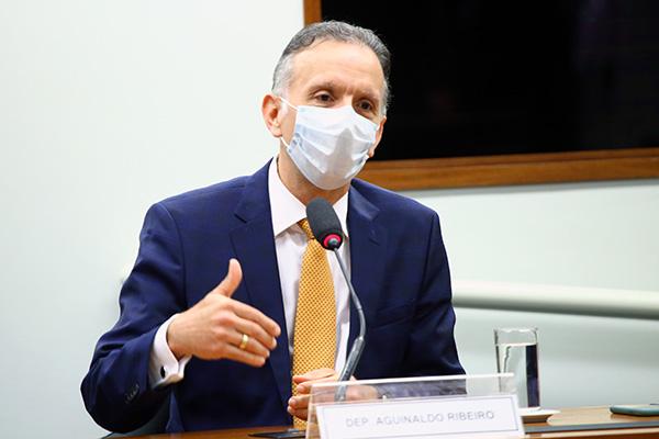 Deputado Aguinaldo Ribeiro, que é relator da Comissão de reforma, vai unir as propostas atualmente em tramitação no Congresso