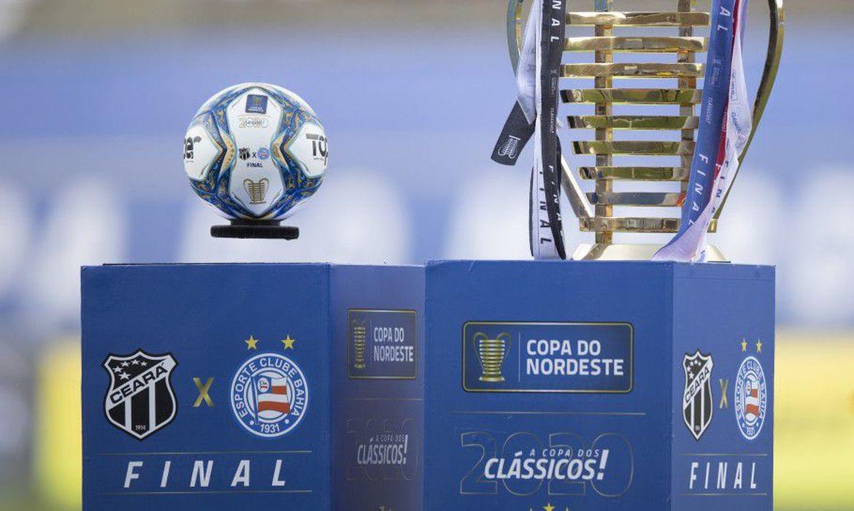 Ceará e Bahia medem forças na segunda decisão da Copa do Nordeste