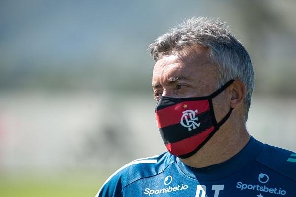 Treinador Domènec Torrent teve pouco tempo para treinar o Flamengo e já faz seu primeiro jogo hoje, justo no Maracanã