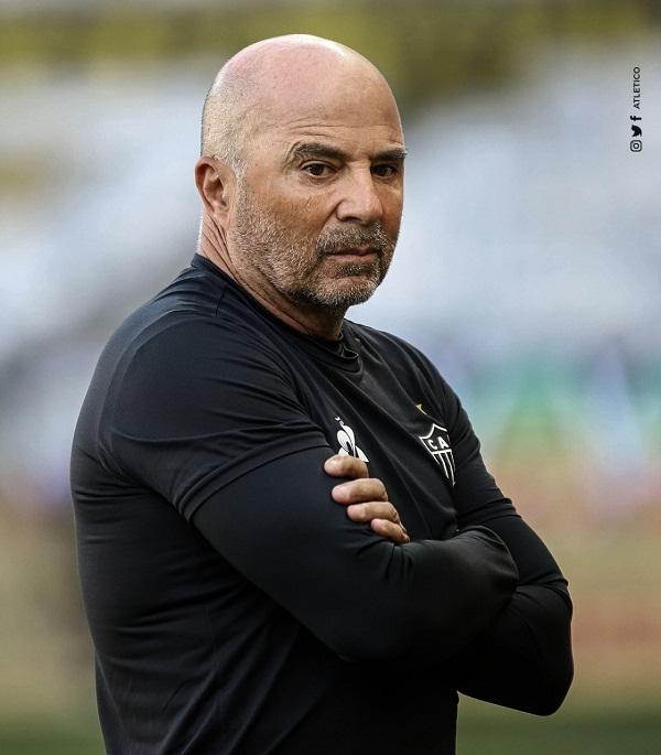 O argentino Jorge Sampaoli está montando uma equipe forte no Atlético/MG e o jogo será duro