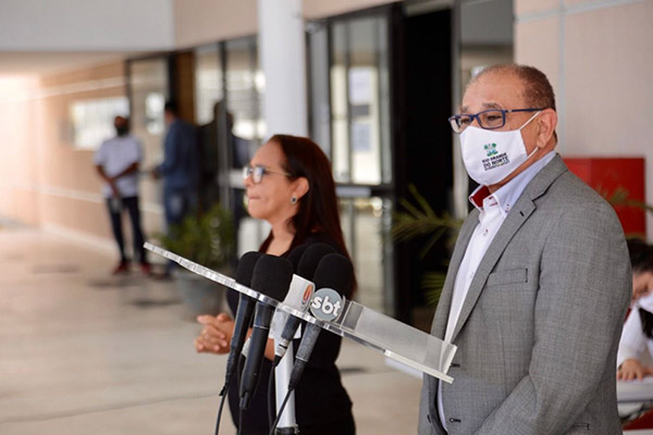 Getúlio Marques explicou, em coletiva de imprensa nesta sexta-feira, 14, motivos pelos quais o Governo do Estado adiou retomada