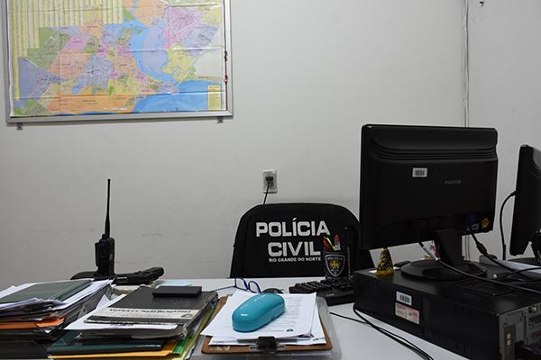 Rio Grande do Norte enfrenta um histórico déficit de mão de obra na Polícia Civil. Por lei, existem aproximadamente 5,5 mil vagas criadas, mas nem metade ocupadas