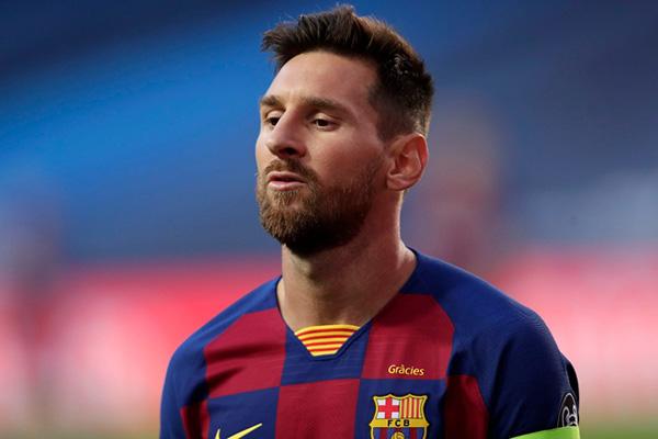 O craque Messi esteve para deixar o clube, mas mudou de ideia