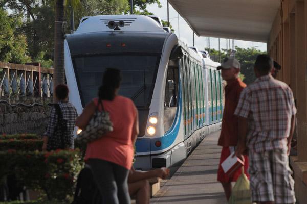 Trens da Linha Sul terão funcionamento alterado nesta sexta e sábado (18 e 19) para manutenção do VLT