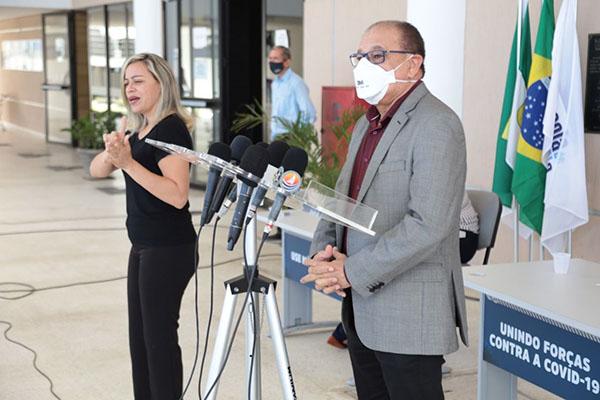Em coletiva de imprensa, titular da SEEC/RN, Getúlio Marques, disse que aulas serão retomadas conforme cumprimento de protocolos de biossegurança pelas escolas