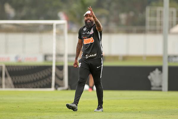 Coelho comandará, interinamente, o Corinthians, em Salvador
