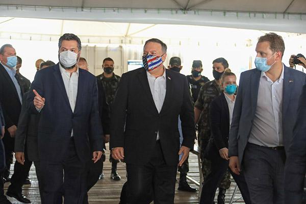 Secretário de Estado dos EUA, Mike Pompeo, vai a Boa Vista para discutir a crise na Venezuela com o ministro Ernesto Araújo