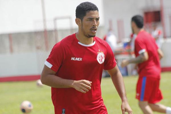 Atacante Zé Eduardo fez nove gols em dez partidas em 2020, defendendo o América e o Villa Nova