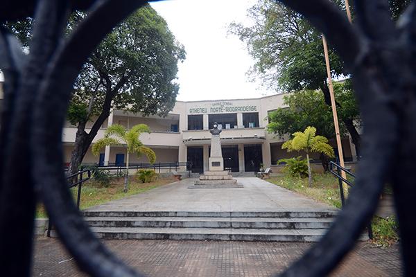 Decreto editado pelo Governo do Estado do RN abre possibilidade para retomada de aulas presenciais nas escolas ligadas à SEEC